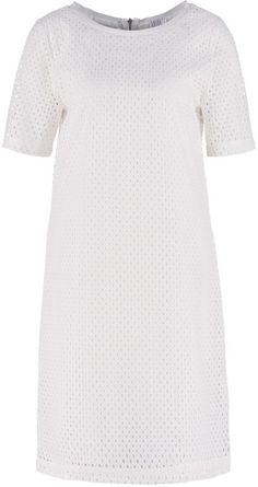 Pin for Later: 40 weiße Sommerkleider unter 100 €  Saint Tropez Freizeitkleid (70 €)