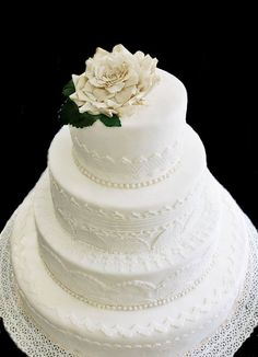 Ron Ben Israel inspired wedding cake with large rose in gumpaste  by Wesh ArtsLab and Antica Pasticceria Irrera 1910