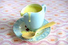Itse tehty vaniljakastike voittaa kaupan valmiin. Tableware, Dinnerware, Tablewares, Dishes, Place Settings
