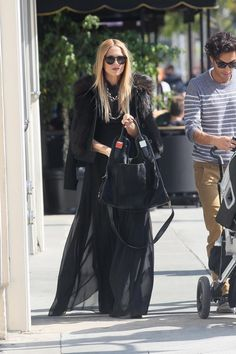 Rachel Zoe is wearing the pants she named after me: The Delfina Pants!! They look like a bellydance skirt, but they are pants & super comfy. What do you think??