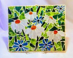 Stained glass sunflower mosaic / flower mosaic wall hanging / mosaic wall art / kitchen decor / she shed decor/ housewarming gift Mosaic Artwork, Mosaic Wall Art, Mosaic Diy, Mosaic Crafts, Mosaic Projects, Stained Glass Projects, Mosaic Glass, Mosaic Ideas, Glass Art