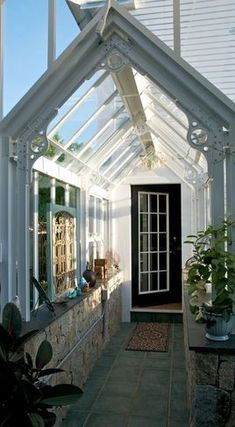 Greenhouses.........Now there's am idea!