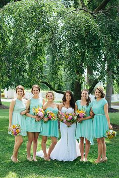 Photography: Brooke Courtney Photography - www.brookecourtney.com  Read More: http://www.stylemepretty.com/2014/09/24/mint-gold-wedding-of-walk-in-love-style-blogger/