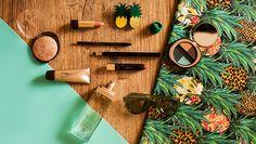 Tropicalismo em alta: makes e acessórios compõem looks para a primavera