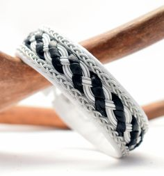 TENNARMBAND - SAMI BRACELET - CRILLE via SolDesign - Tennarmband för alla smaker. Click on the image to see more!