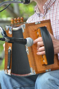 CZF 2013 - Freres Michot on the accordian