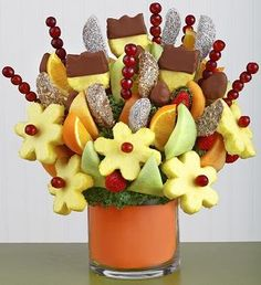 Orange you the Best Fruit Bouquet Edible Fruit Arrangements, Edible Bouquets, Floral Arrangements, Food Gift Baskets, Themed Gift Baskets, Fruit Presentation, Food Bouquet, Birthday Basket, Ripe Fruit