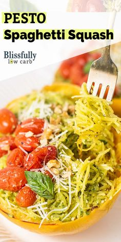 A delicious keto spaghetti squash recipe. This low carb side dish is bursting with fresh flavors! Low Carb Dinner Recipes, Side Dish Recipes, Lunch Recipes, Diet Recipes, Pesto Spaghetti Squash, Spaghetti Squash Recipes, Healthy Salad Recipes, Healthy Dinners, Delicious Recipes