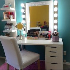 Going to ask my partner for a make up station like this... hmm just were to put it :):