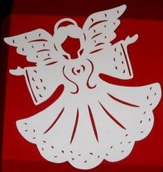 Christmas Arts And Crafts, Diy Christmas Ornaments, Felt Christmas, Paper Cutting Patterns, Stencil Patterns, Advent, Angel Crafts, Christian Christmas, Origami