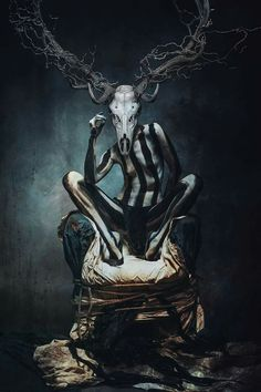Creepy Photography, Dark Art Photography, Artistic Photography, Dark Art Paintings, Painting Collage, Dark Fantasy Art, Horror Art, Les Oeuvres, Cool Art