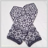 Ravelry: Frostflora Votter pattern by Marianne Skjelstad Knitted Mittens Pattern, Knit Mittens, Knitted Gloves, Diy Crochet And Knitting, Knitting Charts, Knitting Patterns, Wrist Warmers, Hand Warmers, Crochet Projects