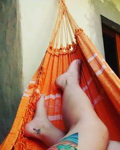 Nunca m faltes hamaca ! #hammocklife  #hammock  #hamaca #hamacaparaguaya #feliz #happy #happyness #instamoment #instagood #instagram #instahappy #instahammock #tatto #tatoo #girlswhittattoos #placer #tattooed #carp #riverplate #fullcolor #fullcolortattoo #villagesell #photo #photograpy #photooftheday #photoofday by @noetaus