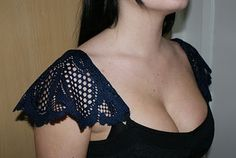 A Blog For Poor Creative People: Dollar Store Fashion: Lace Doily Shoulder Covers