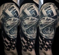 Half Sleeve Racing Flag Motocross Helm Herren Tattoos