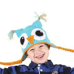 Touca de crochê com linha de acrílico (lã sintética) em formato de coruja.  Cores: escolha duas cores na cartela que está junto com as fotos.  Tamanho: pode ser feita em vários tamanhos, de bebê a adulto. Veja as opções: Recém-nascido (0 a 3 meses) Baby 1 (3 a 12 meses) Baby 2 (1 a 3 anos) Kids (3 a 10 anos) Teen (11 a 15 anos) Adulto (a partir dos 16 anos)  * Na hora da finalizar a compra abre um espaço para você colocar comentários ao vendedor. Nesse local você deve colocar os números das…