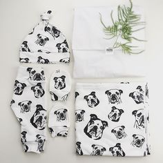 This prettiness->check out the pups We've made custom organic swaddle, newborn hat, leggings, mittens and something else for new parents to be. Can't wait to see baby, pups and our creations! Monochrome Nursery, Personalised Gifts, Swaddle Blanket, Newborn Gifts, New Parents, Baby Hats, Mittens, Blankets, Pup