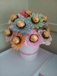 Mother Birthday Gifts Our ferrero rocher bouquet The kids and I made this for grandmas birthday ♥ I&. Mother Birthday Gifts, Valentine Day Gifts, Birthday Presents For Grandma, Grandma Birthday, Valentines, Craft Gifts, Diy Gifts, Ferrero Rocher Bouquet, Ferrero Rocher Gift
