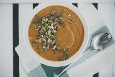 Zupa marchewkowa z miso |