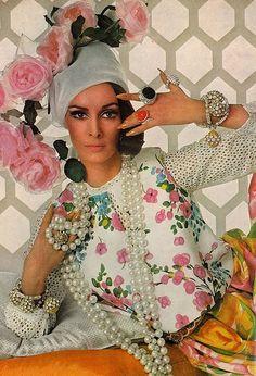 1960's fashion - wilhelmina for vogue 1965