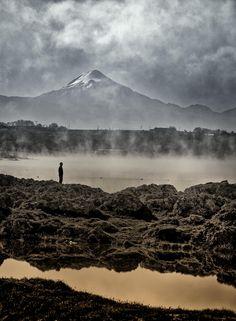 Pico de Orizaba in the state of Veracruz and Lake Achichica in the state of Puebla.