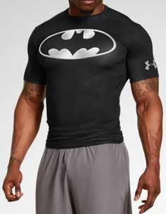 Under Armour Alter Ego Short Sleeve Compression Chrome Shirt - Batman,Black Gym Shirts, Cool Shirts, Workout Gear For Men, Crossfit, Sport Outfits, Cool Outfits, Armor Clothing, Running Pants, Running Wear