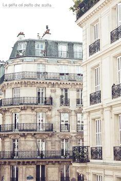 Paris Home, Old Paris, Paris Paris, Beautiful Paris, I Love Paris, French Architecture, Amazing Architecture, Old Building Photography, Paris Buildings