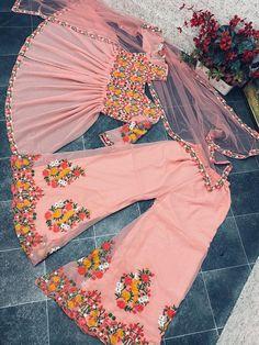 Frock For Women, Suits For Women, Clothes For Women, Pakistani Dress Design, Pakistani Dresses, Hijabi Gowns, Sharara, Patiala, New Punjabi Suit