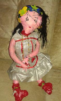 Boneca que ganhei de uma senhora de 87 anos que faz Bonecas de Pano para as crianças no sertão de Manari PE,