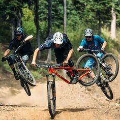 Freeride Mountain Bike, Mountain Bike Action, Mountain Bike Races, Mountain Biking Women, Downhill Bike, Mtb Bike, Bmx Bikes, Bicycle, Velo Dh
