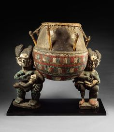 Africa | Drum (kettledrum( from the Akan Ashanti people of Ghana | early 20th century | Wood, polychrome paint