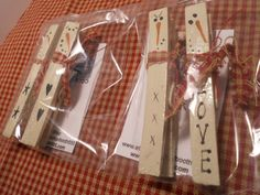 Set of 2 Snowmen Clothespin Magnets by booth555 on Etsy, $5.99