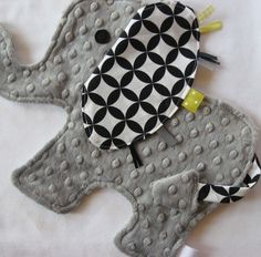 Handmade elephant Taggies Lovey- so cute! @Toni Caesar Di Cicco <- how cute is this??