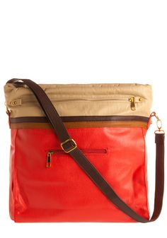 nice color choices; and adjustable strap.
