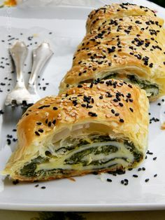 Salmon and spinach filled rolls Strudel, Spanakopita, Spinach, Health Tips, Salmon, Rolls, Cooking Recipes, Favorite Recipes, Eat