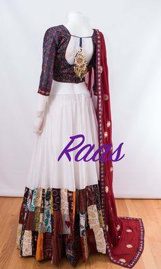 Pick idea from tejaswinee. Bandhani Dress, Lehnga Dress, Lehenga Choli, Sarees, Choli Blouse Design, Choli Designs, Lehenga Designs, Indian Dresses, Indian Outfits
