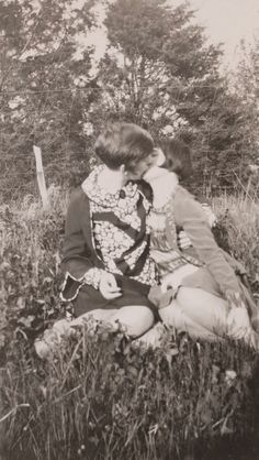 Vintage LGBT – Adorable Photographs of Lesbian Couples in the Past That Make You Always Believe in Love