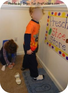 Shoe Store Can combine math and dramatic play by measure feet/shoes. Preschool shoe store - measuring feetCan combine math and dramatic play by measure feet/shoes. Preschool Centers, Fall Preschool, Preschool Lessons, Preschool Classroom, In Kindergarten, Preschool Activities, Classroom Ideas, Clothing Themes, Play Clothing