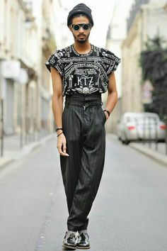Queer Fashion, Androgynous Fashion, Bold Fashion, Fashion Week, Mens Fashion, Fashion Design, Fashion Trends, High Fashion Men, Fashion Black