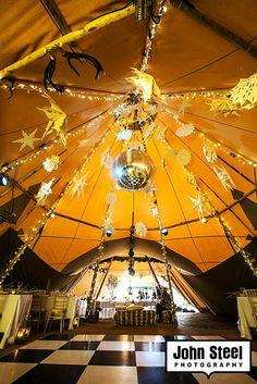 Wedding tipi (totally tipi) Carnival Wedding, Tipi Wedding, Our Wedding, Wedding Venues, Dream Wedding, Wedding Inspiration, Wedding Ideas, August Wedding