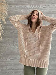 Crochet Hoodie, Crochet T Shirts, Crochet Crop Top, Crochet Yarn, Crochet Clothes, Free Crochet, Crochet Tops, Crochet Shrugs, Crochet Vests