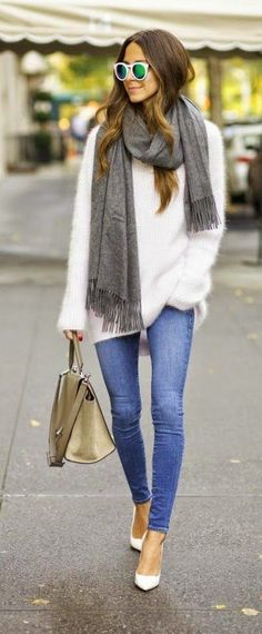 Comfy Oversized Sweater Plus Skinny Jeans Outfit Inspiration For Work