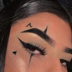 У всех в жизни есть своих секреты, и наша главная героиня не исключен… #фанфик # Фанфик # amreading # books # wattpad Punk Makeup, Gothic Makeup, Grunge Makeup, Makeup Eye Looks, Creative Makeup Looks, Eye Makeup Art, Pretty Makeup, Eye Art, Cute Clown Makeup