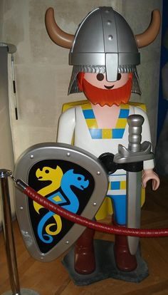 Playmobil and pirates on pinterest - Playmobil geant decoration ...