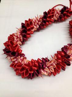 Red Ginger(Ribbon Lei) designed by Tracy Harada Ui'mauamau Ribbon Lei, Diy Ribbon, Ribbon Crafts, Ribbons, Hawaiian Crafts, Hawaiian Leis, Graduation Leis, Money Lei, Kanzashi Flowers