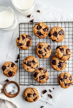 The best paleo chocolate chip cookies made with almond and coconut flour in just 15 minutes. These chewy paleo chocolate chip cookies are gluten free, grain free & dairy free for a cookie dream come true! #paleo #paleodessert #cookies #chocolatechipcookies #glutenfreedessert #grainfree #healthybaking #healthydessert