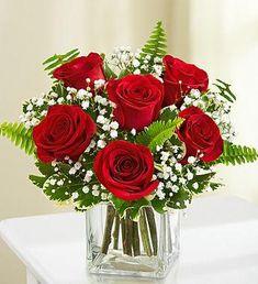 Valentine's Day Flower Arrangements, Rosen Arrangements, Flower Centerpieces, Red Wedding Centerpieces, Flowers Decoration, 800 Flowers, Romantic Flowers, Beautiful Flowers, Wedding Flowers
