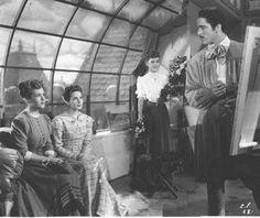 """ELINA COLOMER, ROSA ROSEN, ELISA GALVÉ y JUAN JOSE MIGUEZ en """"Cuando la primavera se equivoca"""" (Mario Soffici, 1944)"""