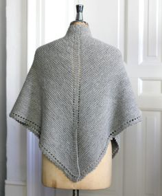Strik til dig Archives - Side 4 af 9 - susanne-gustafsson. Crochet Stitches, Knit Crochet, Claire Fraser, Winter Knitting Patterns, Drops Design, Ravelry, Yarn Projects, Knitted Poncho, Shawl