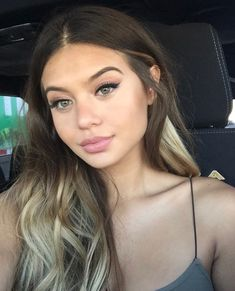 Picture of Sofia Jamora Beauty Make-up, Beauty Hacks, Hair Beauty, Corte Y Color, About Hair, Gorgeous Hair, Pretty Face, Natural Makeup, Hair Goals